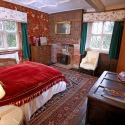 Upton Cressett Hall, B&B, the gatehouse bedroom