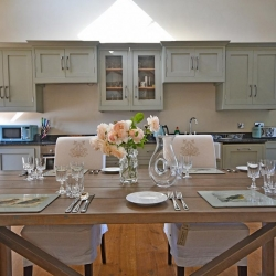 Upton Cressett The Moat House dining area