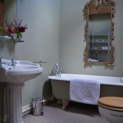 Upton Cressett Hall The Coach House bathroom
