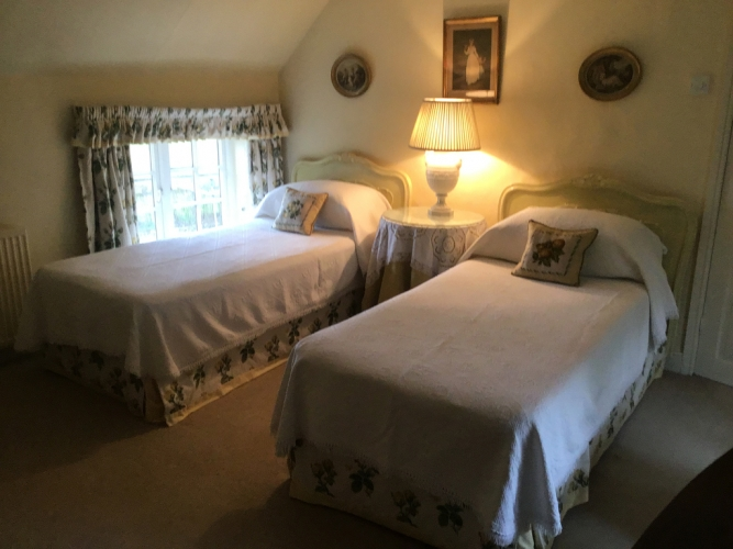 Bullocks Horn Cottage guest bedroom