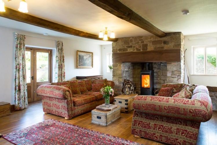 Lower Wythall B&B guest sitting room