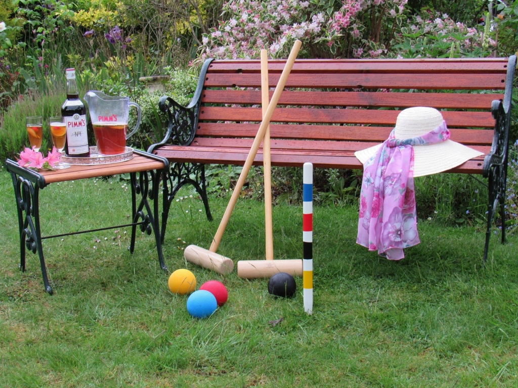 Wolsey Lodges B&B croquet and Pimms