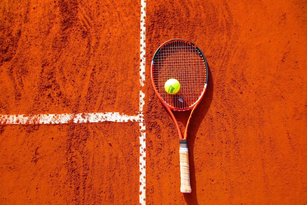 Wolsey Lodges B&B tennis court